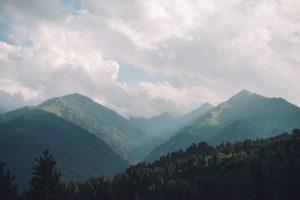 mountain-1245697_640